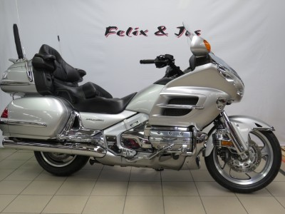 GL1800A GOLDWING DELUXE