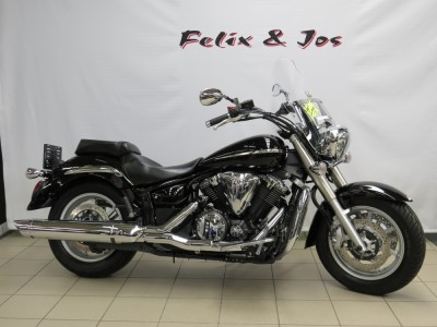 XVS1300A Midnight Star - 2012